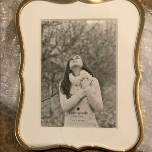 "🆕 Kate Spade Gold 5"" x 7"" Frame Beautiful!"
